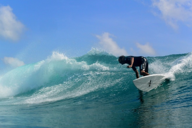 surfing dindos _20150629_015Late June 2015